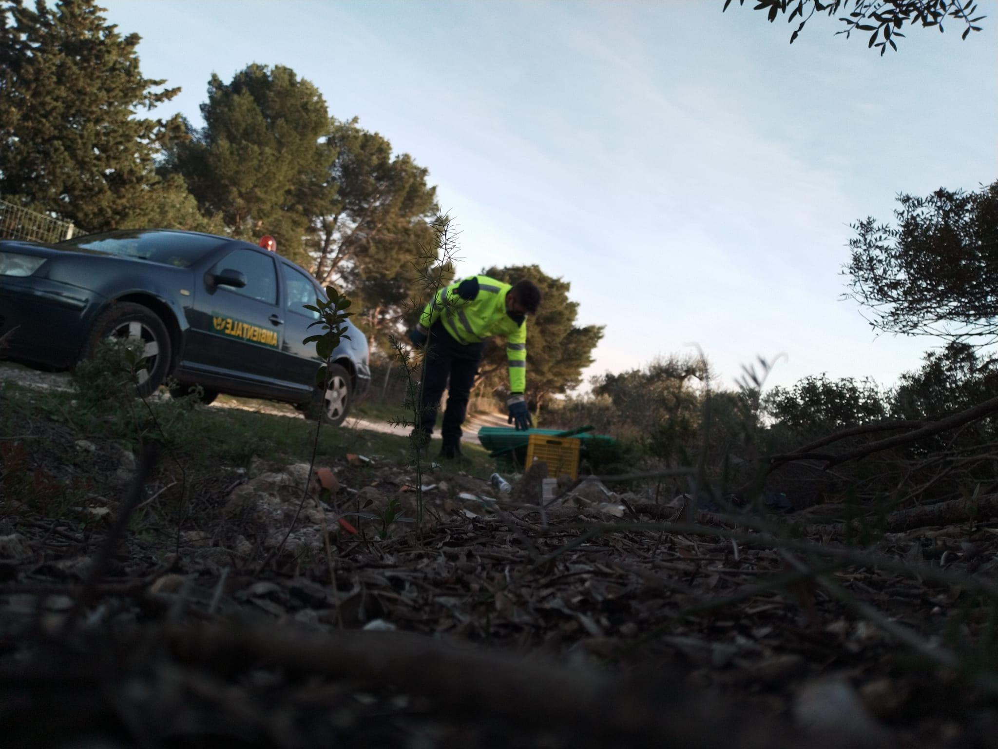 Proseguono senza sosta, su tutto il territorio di Palagianello, i controlli in termini di contrasto all'abbandono incontrollato dei rifiuti